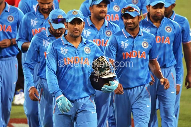 ms-dhoni-of-india-leads-the-team-off-the-field3